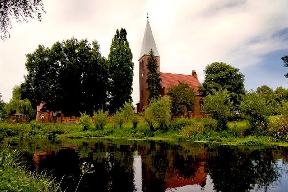 Namyślin - kościół