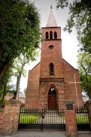 Otanów, kościół