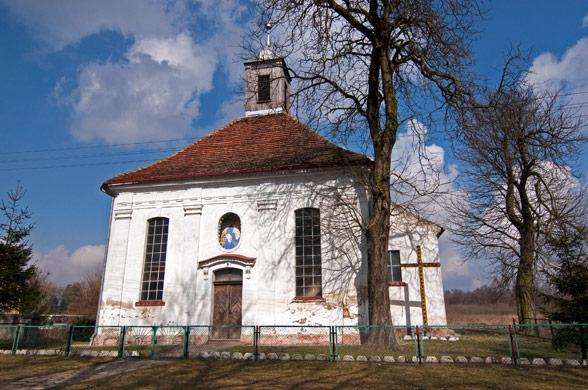 Dobropole. Barokowy kościół z XVIII wieku.